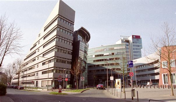 Medienhafen, Düsseldorf – Grand-Bateau & Haus der Architektur