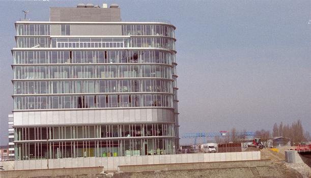 Speditionstrasse 17 (Düsseldorf, 2002)