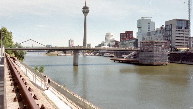Hafenbrücke am Handelshafen, Düsseldorf