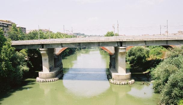 Tiber River Railroad Bridge (I), Rom
