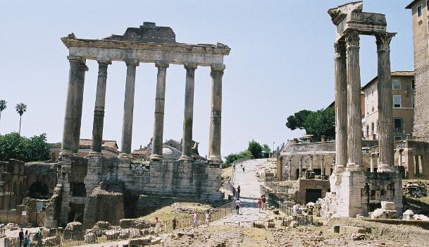 Tempel des Saturn und des Vespasian, Forum Romanum, Rom