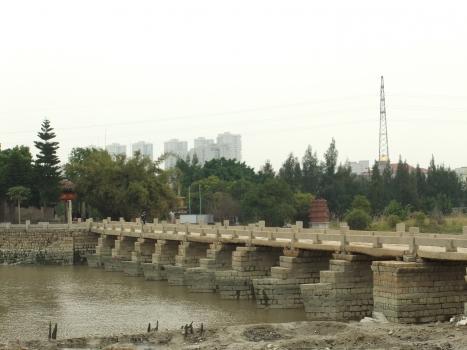 Anping Bridge
