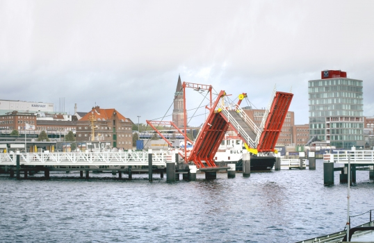 Foldable Bridge in Kiel