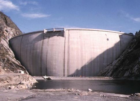 Barrage de Laparan