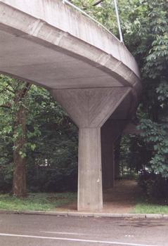Heinrich-Baumann-Steg, Stuttgart.