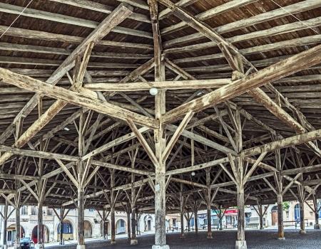 Halle de Beaumont-de-Lomagne