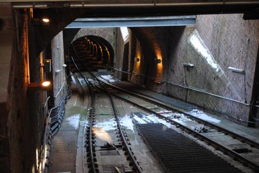 Tunnel der Molkenkurbahn