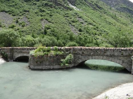 Vieux Pont de Bonneval-sur-Arc