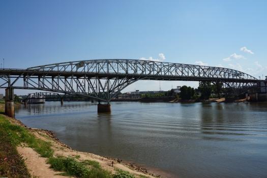 Long-Allen Bridge
