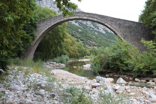 Pont sur le Portaikos