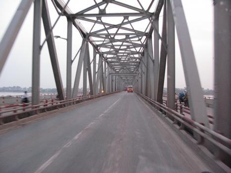 Chương Dương-Brücke