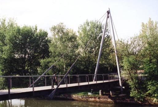 Footbridge near the Cinecittà in Nuremberg.
