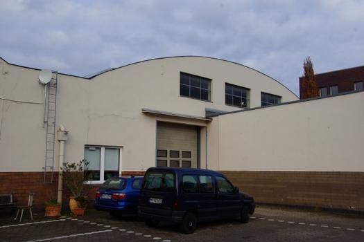 Autohalle Bramfelder Straße 111
