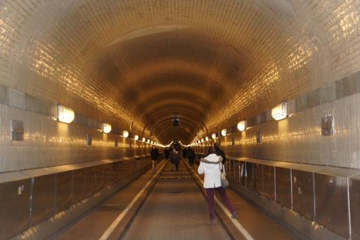 Sankt Pauli Elbe Tunnel, Sankt-Pauli-Elbtunnel, Tunnel sous l'Elbe de Sankt Pauli