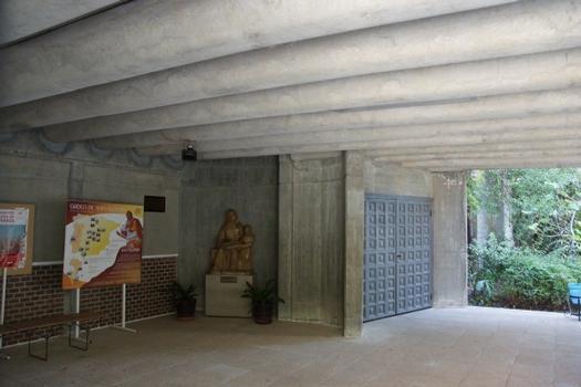 Eglise Santa Ana