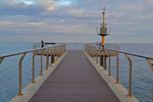 Petroli-Pier