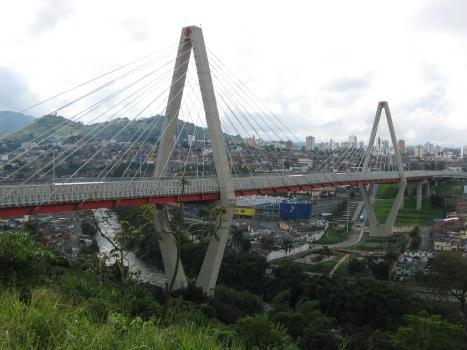 Cesar-Gaviria-Trujillo-Viadukt