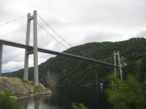 Pont sur le Fjord de Feda