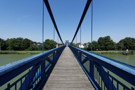 Schulweg-Steg