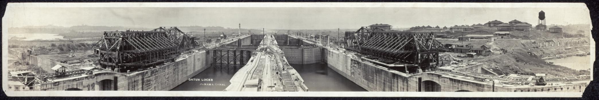 Panama Canal - Gatún locks under construction