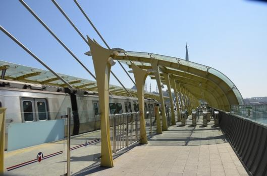 Metrobrücke über das Goldene Horn