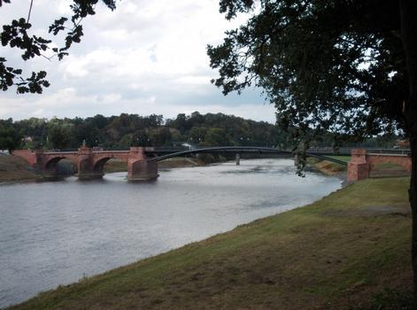 Pöppelmannbrücke über die Mulde in Grimma nach der Wiedereröffnung im August 2012