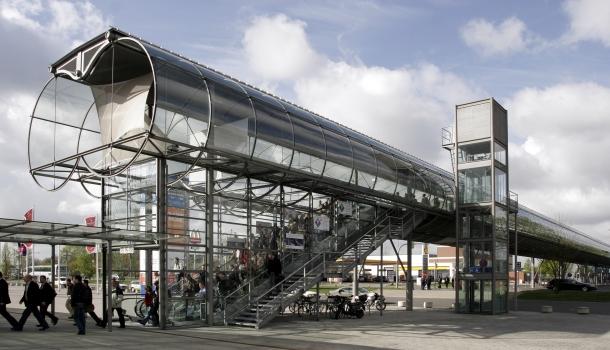 Skywalk (Hannover Messe)