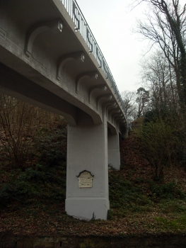 Brücke an der Talstation der Königstuhlbahn