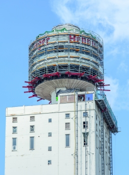 Looking back: for the demolition work in 2013, PERI had already developed a project-specific scaffolding solution.