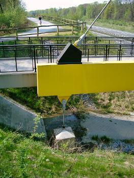 Brücke Forsthausweg über die Autobahn A3, Duisburg