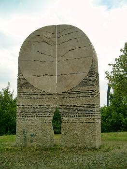 Schwabelweiser Brücke, Ratisbonne.Statue