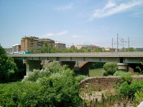 Eisenbahnbrücke über den TIber (I), Rom
