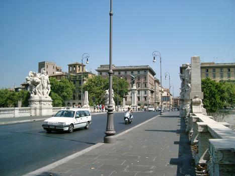 Ponte Vittorio Emmanuel II, Rome