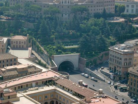 Galleria Principe Amedeo Savoia Aosta, Rome.