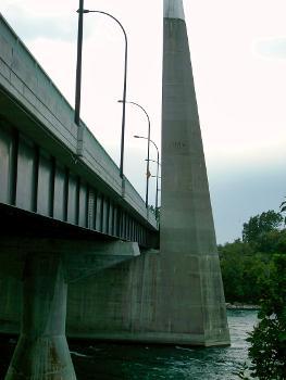 Bridge of the Isles, Montréal, Québec