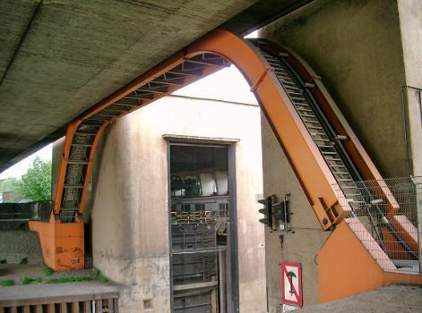 Rohrbrücke am Marientor, Duisburg