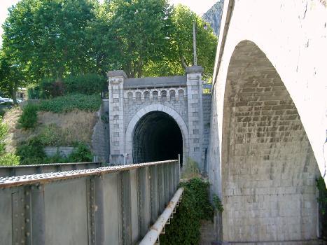 Train des Pignes Bridge across the Chalvagne at Entrevaux