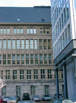 Mannemann-Hauptverwaltung, Düsseldorf (heute Vodafone)