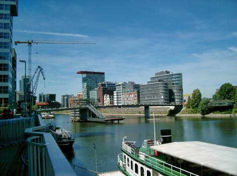 Hafenbrücke »Am Handelshafen« (Düsseldorf)