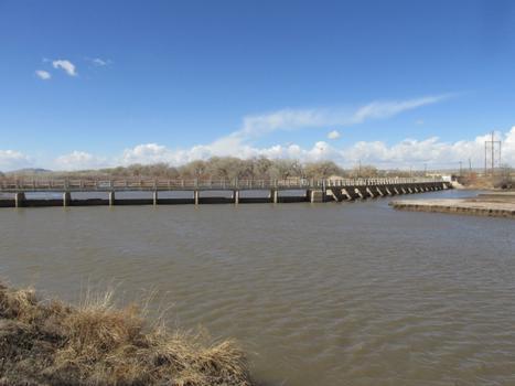 Isleta Diversion Dam