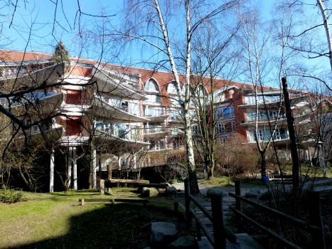Fraenkelufer Social Housing Complex