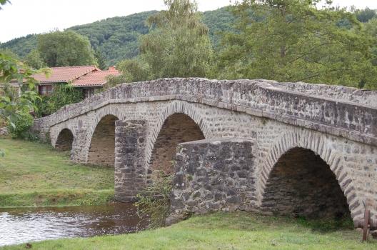 Pont-Vieux de Domeyrat