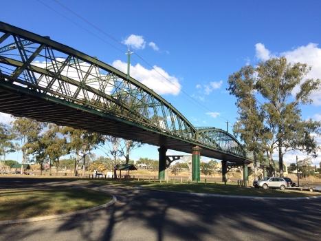 Burnett Bridge