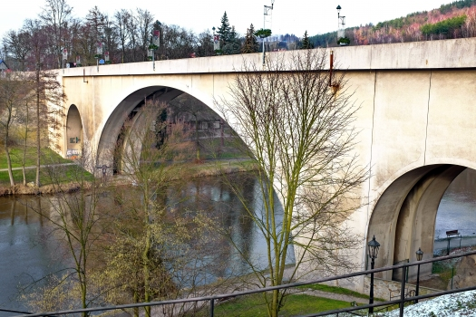 Pont de Loket