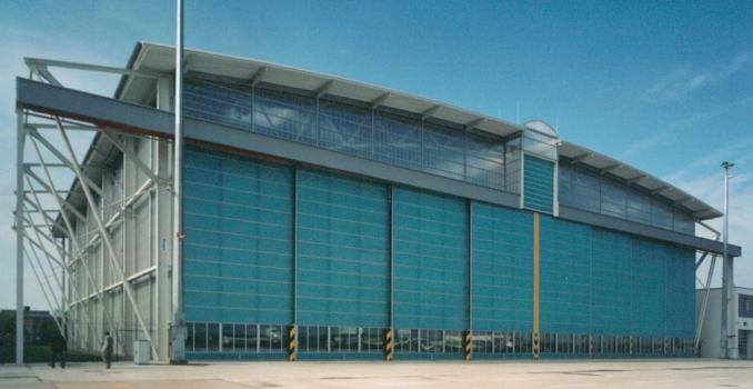Hangar de l'aéroport d'Erfurt