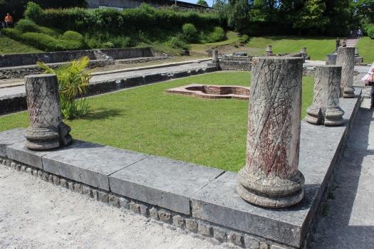 Maison au grand péristyle de Vieux-la-Romaine