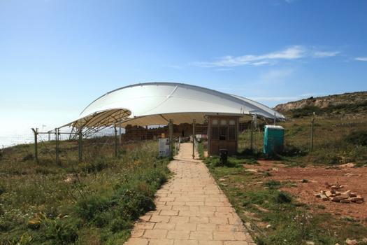 Schutzdach über der Mnajdra-Tempelruine