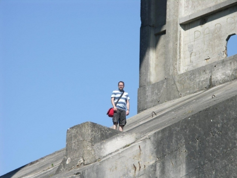 Nicolas Janberg climbing the Pont Albert-Loupe during a technical excursion organized by the AFGC