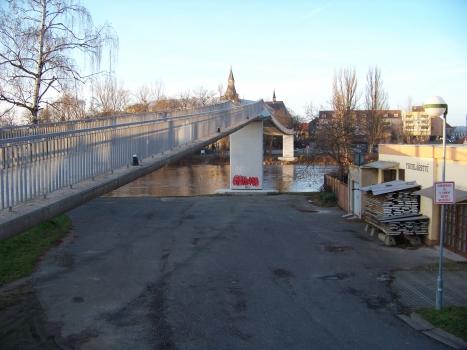 Geh- und Radwegbrücke Nymburk