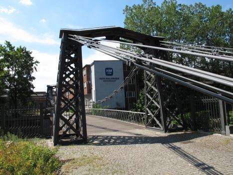Pont suspendu d'Ozimek